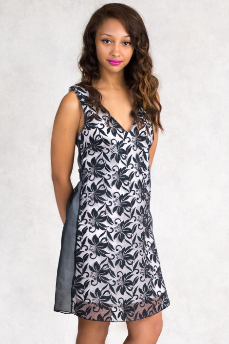 Elegant Lace on Cotton A-Line Dress in Black