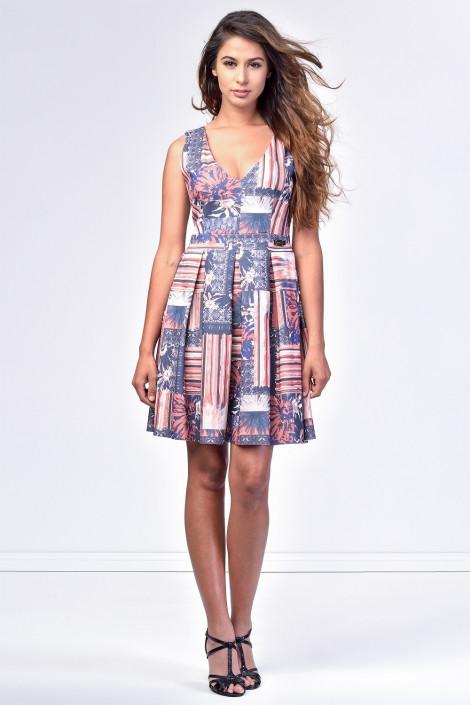 SISTE'S Back in Town Sleeveless Dress