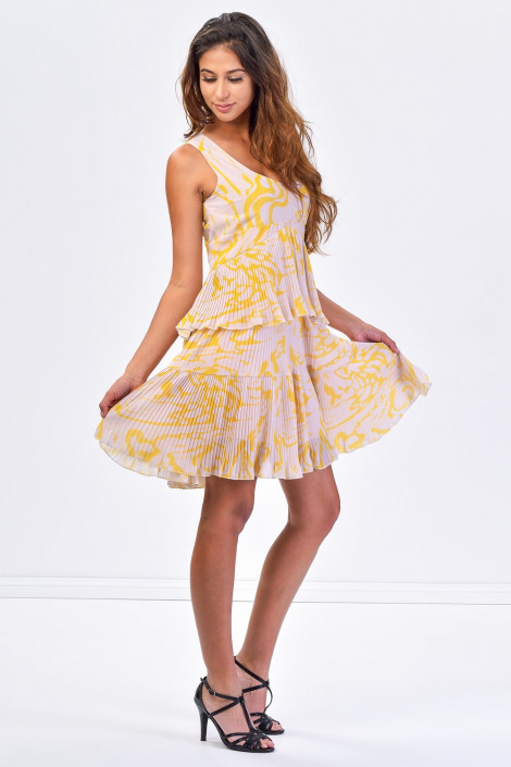 SISTE'S Sway with Me Pleated Haute Dress